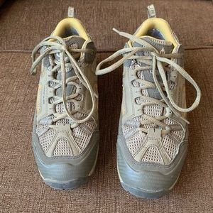 Vibram Vasque Hiking Shoes Size 8.5 M